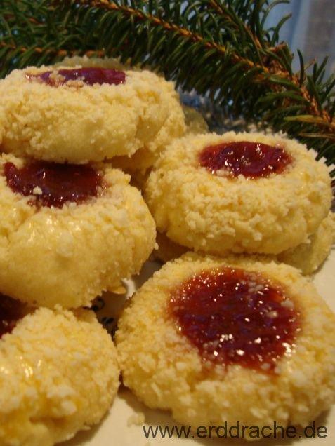 Weihnachtsplätzchen Kokosmakronen.Plätzchen Erddrache